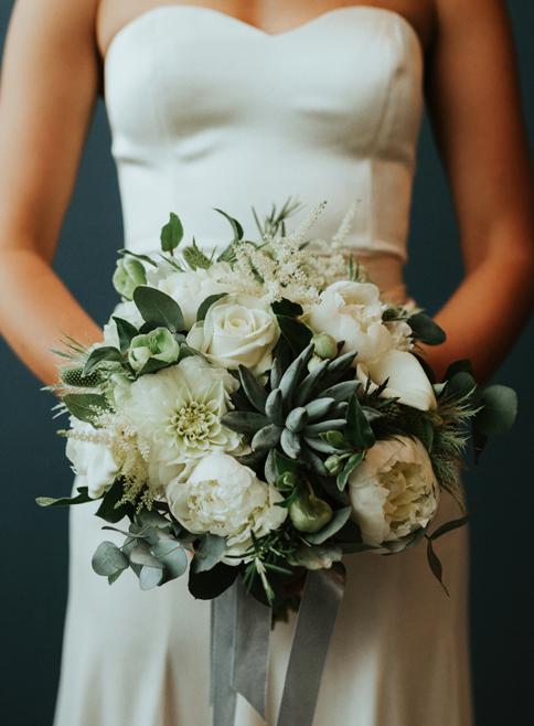 2botanisk rå blomster_A table story_blomster til bryllup