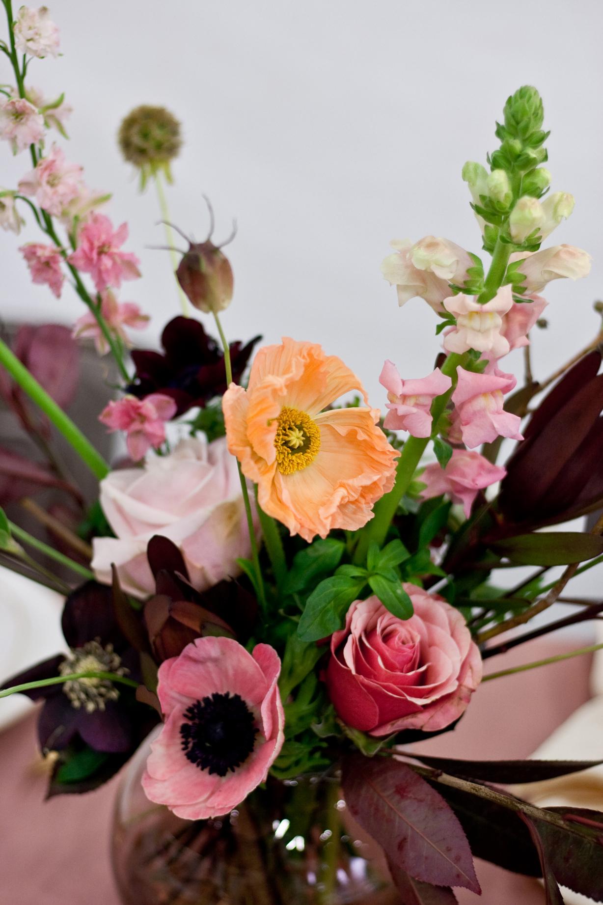 Bryllupsmesse_serviceudlejning København_udlejning af Royal Copenhagen Flora_A table story_bryllup