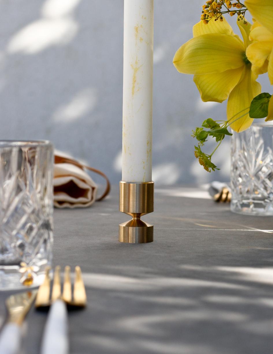 A table story_påskebord_leje af service_påskeblomster (11 of 19)
