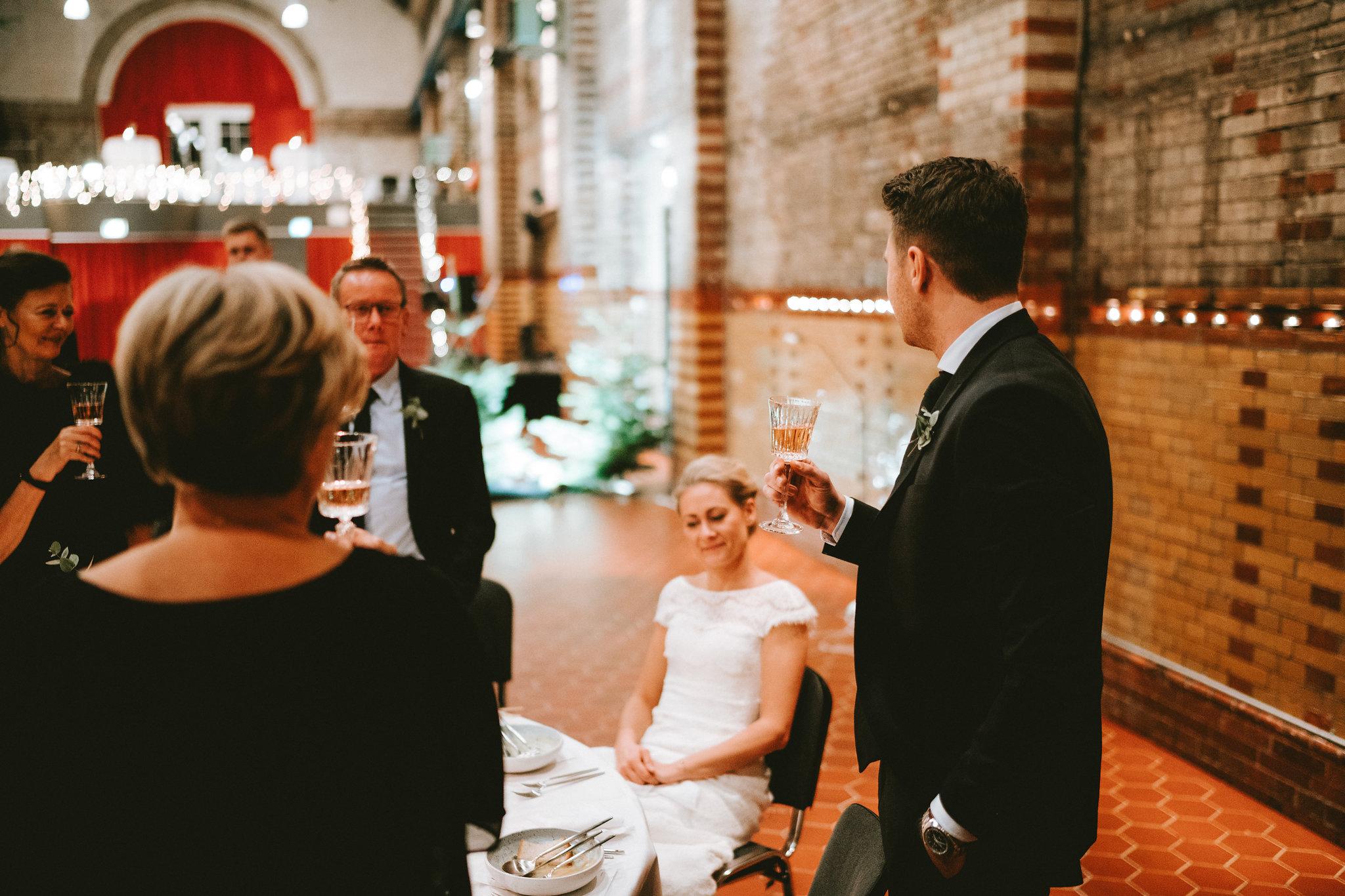 A table story_vinterbryllup_serviceudlejning københavn_leje af service