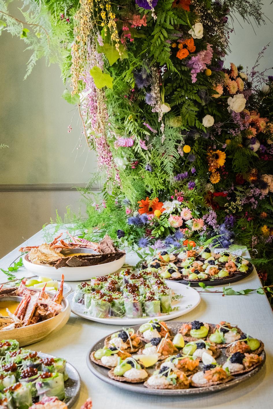Møstings Hus_20180414_Jeppe Hein receptionDSCF3530_justLR_A table story