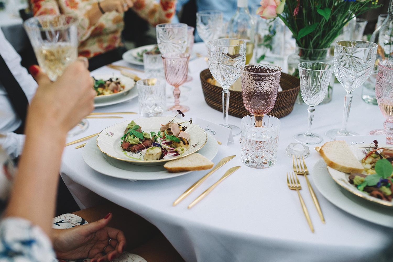 612c4d6a Vi ønsker Christina og Christoffer et stort tillykke med brylluppet og  henviser til Christinas blog Passionsforfashion, hvor hun har lavet  adskillige fine ...