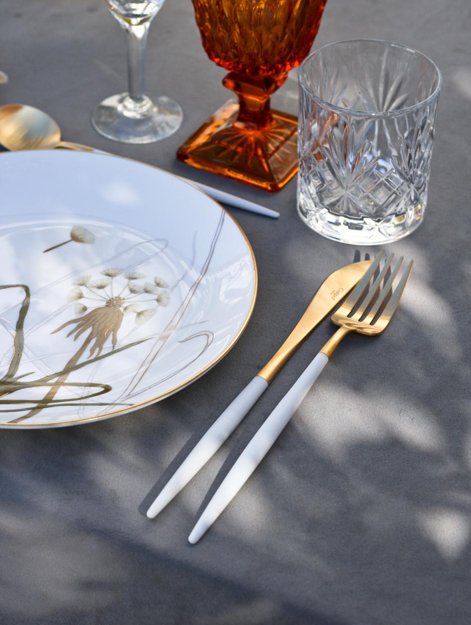 A table story_påskebord_leje af service_påskeblomster (1 of 19)