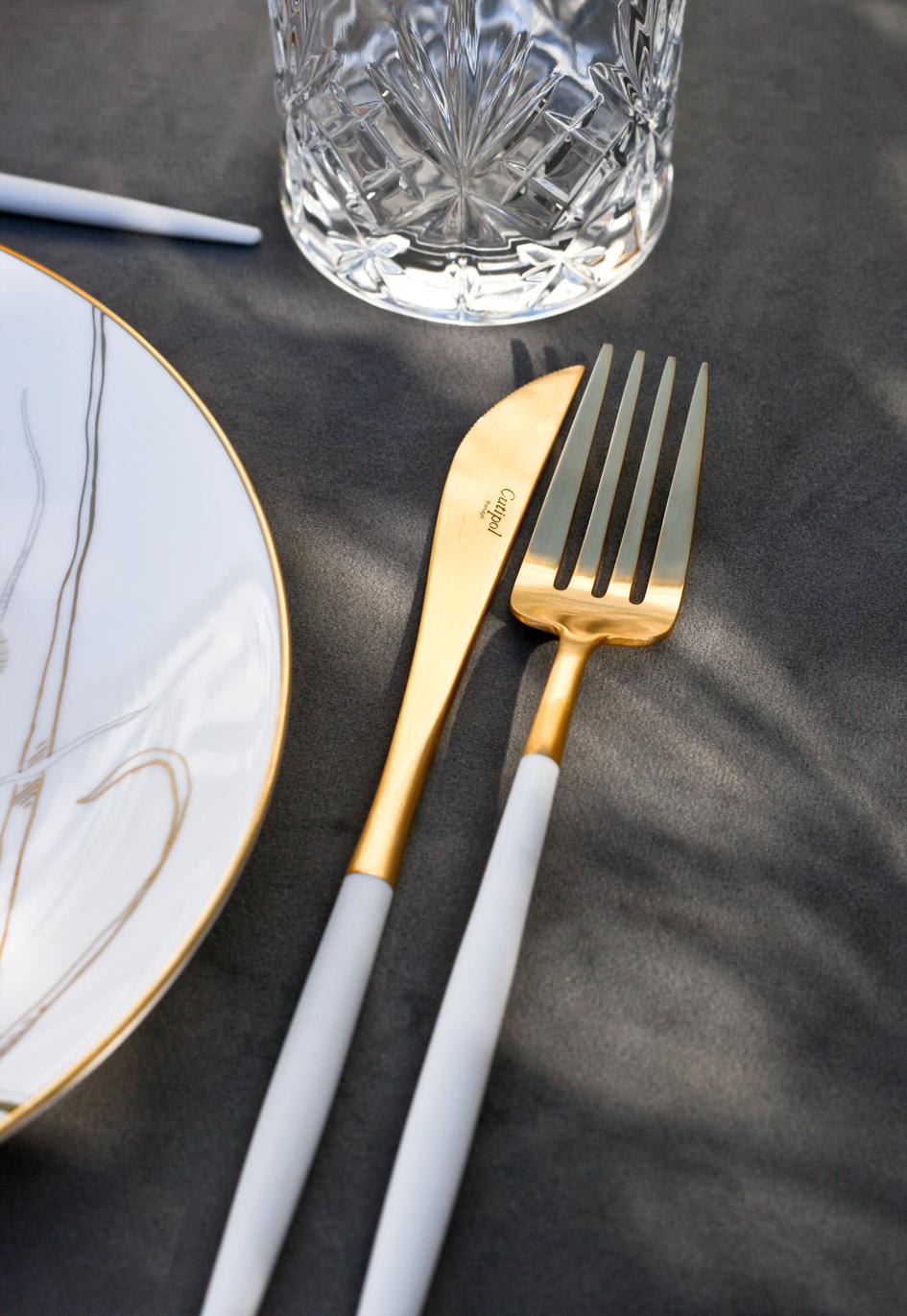 A table story_påskebord_leje af service_påskeblomster (18 of 19)