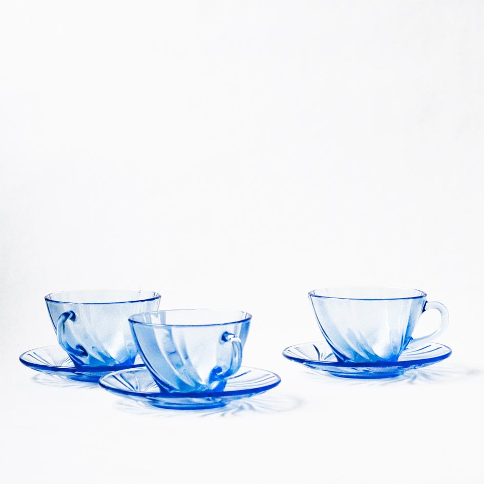 1Lej blå glas kaffekop_A table story_serviceudlejning København