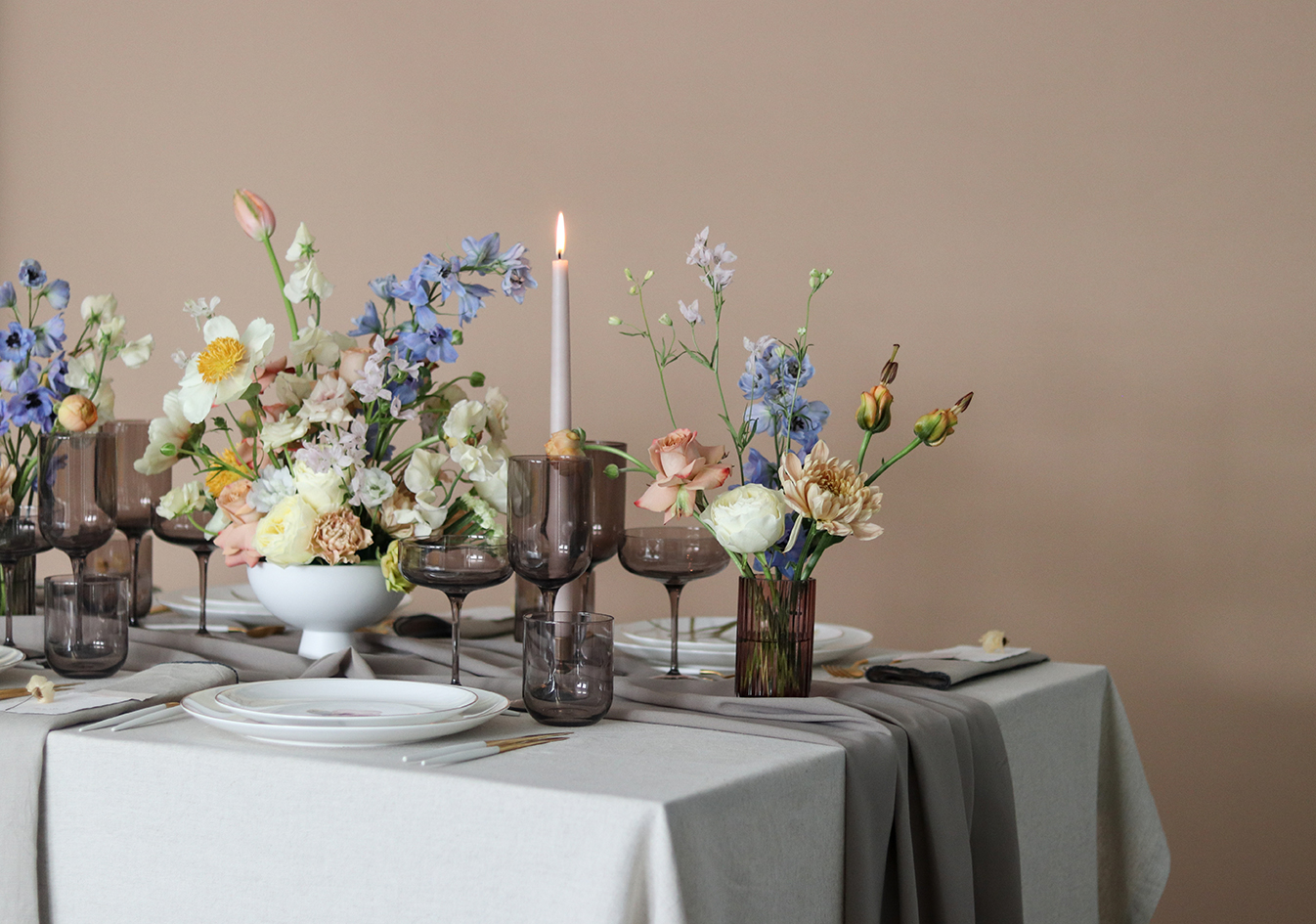 Poetisk forår opdækning A table story