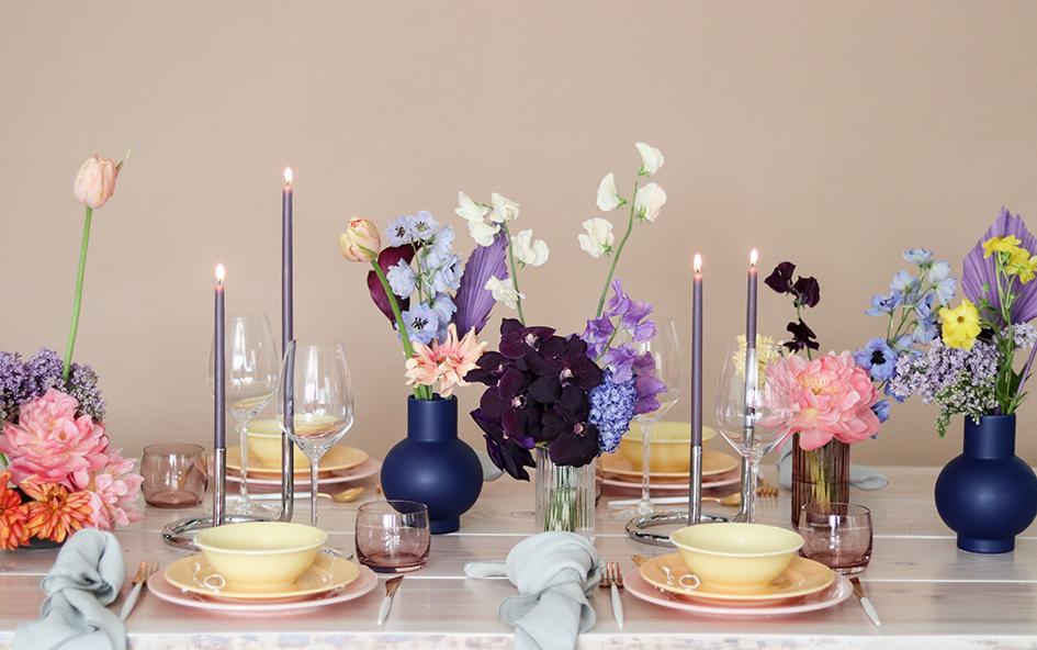 Alle regnbuens farver opdækning A table story