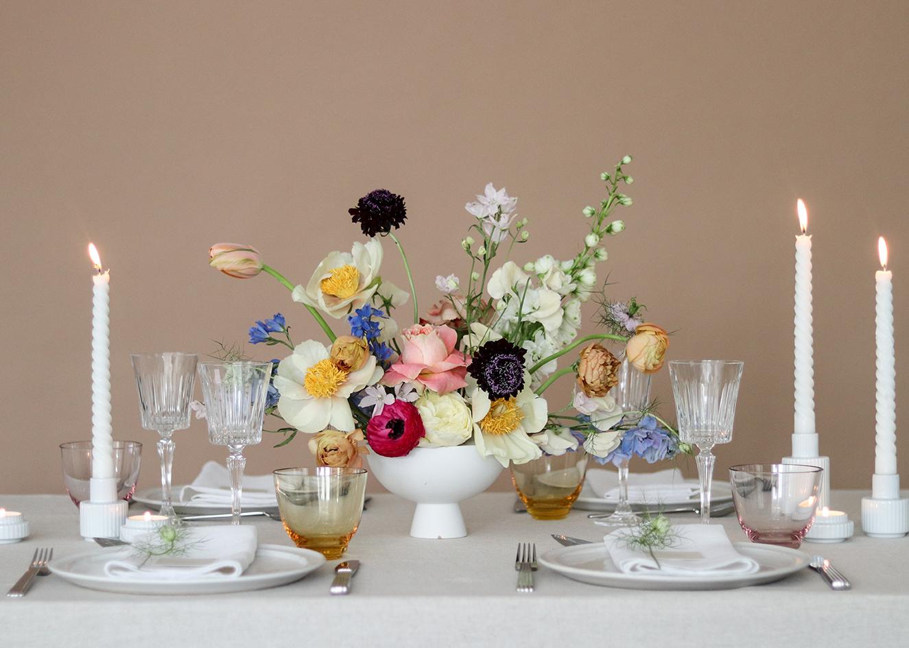 Poetisk forår opdækning_A table story